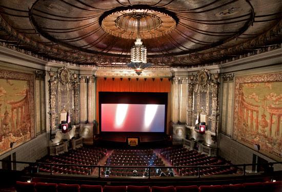 castrotheatre-theatre-interior