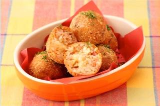 Walnut_ham_rice_balls