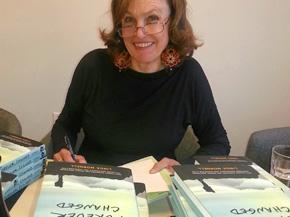 ForeverChanged-book-linda_signing2