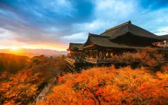 Zicassojapan_kyoto_autumn_color_at_kiyomizu-dera_temple_1