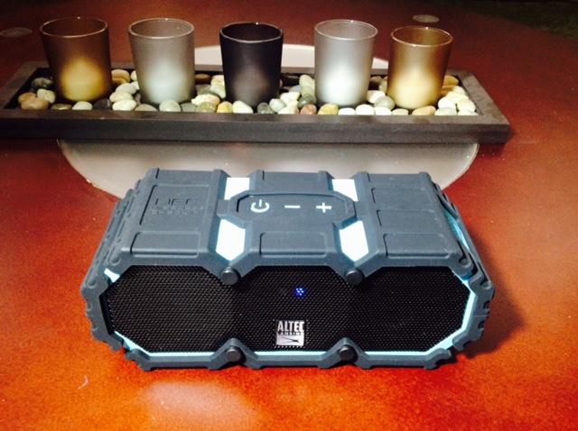 Altec-Lansing-BluetoothSpeaker-pg