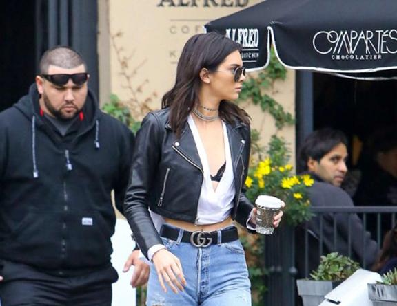 LA Celebrities Bieber, Baldwin, Selena and the Kardashians get their Caffeine Fix - TasteTV